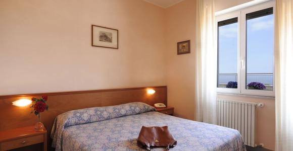 hotel-tritone-03