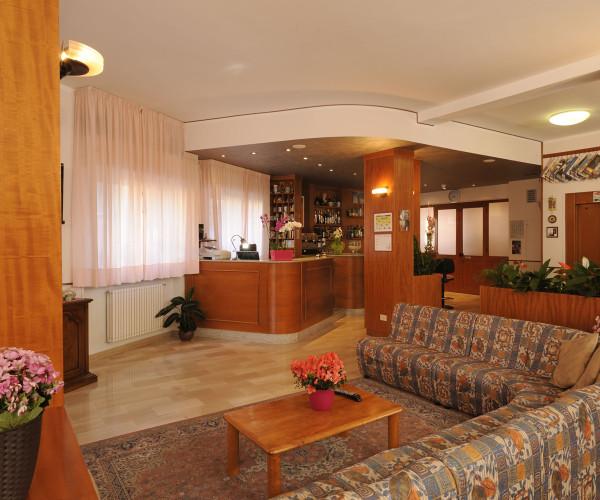 hotel-tritone-16