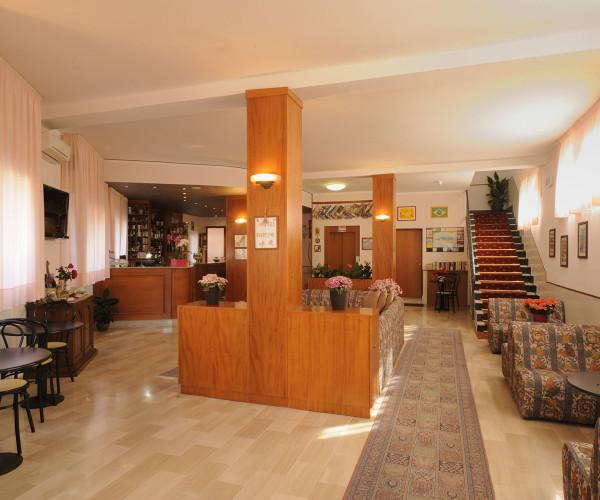 hotel-tritone-17